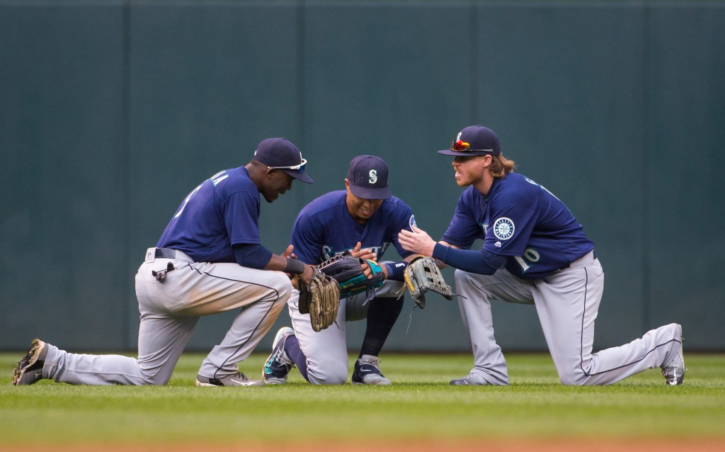 Mariners-outfielders-1024x638