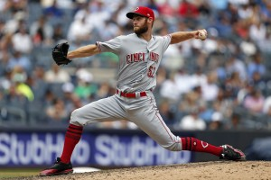 Jul 26, 2017; Bronx, NY, USA; Cincinnati Reds relief pitcher Tony Cingrani (52) pitches against the New York Yankees during the seventh inning at Yankee Stadium. Mandatory Credit: Adam Hunger-USA TODAY Sports