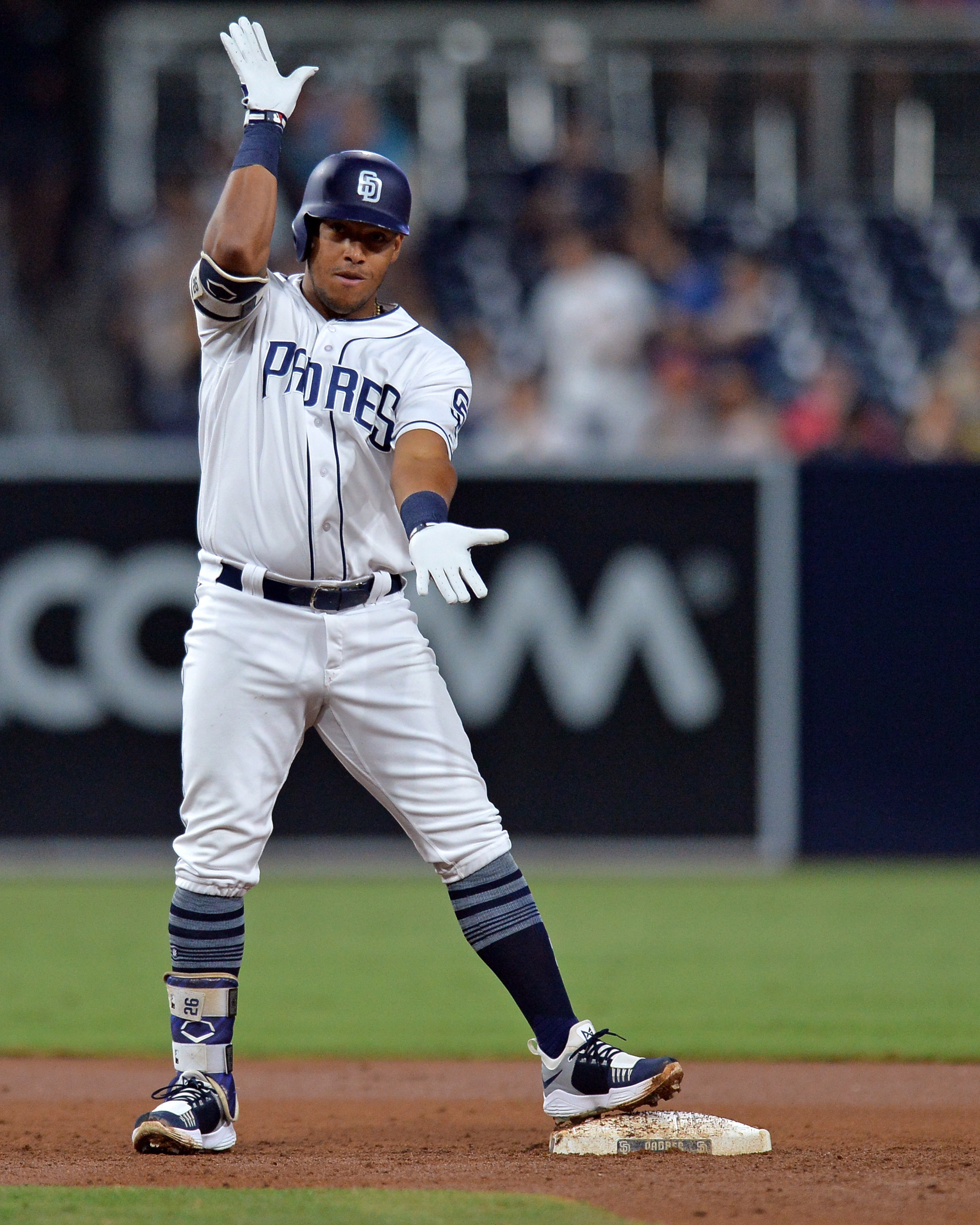 b13a4902281 The 30-year-old Solarte is the second infielder the Blue Jays have landed  via trade this winter