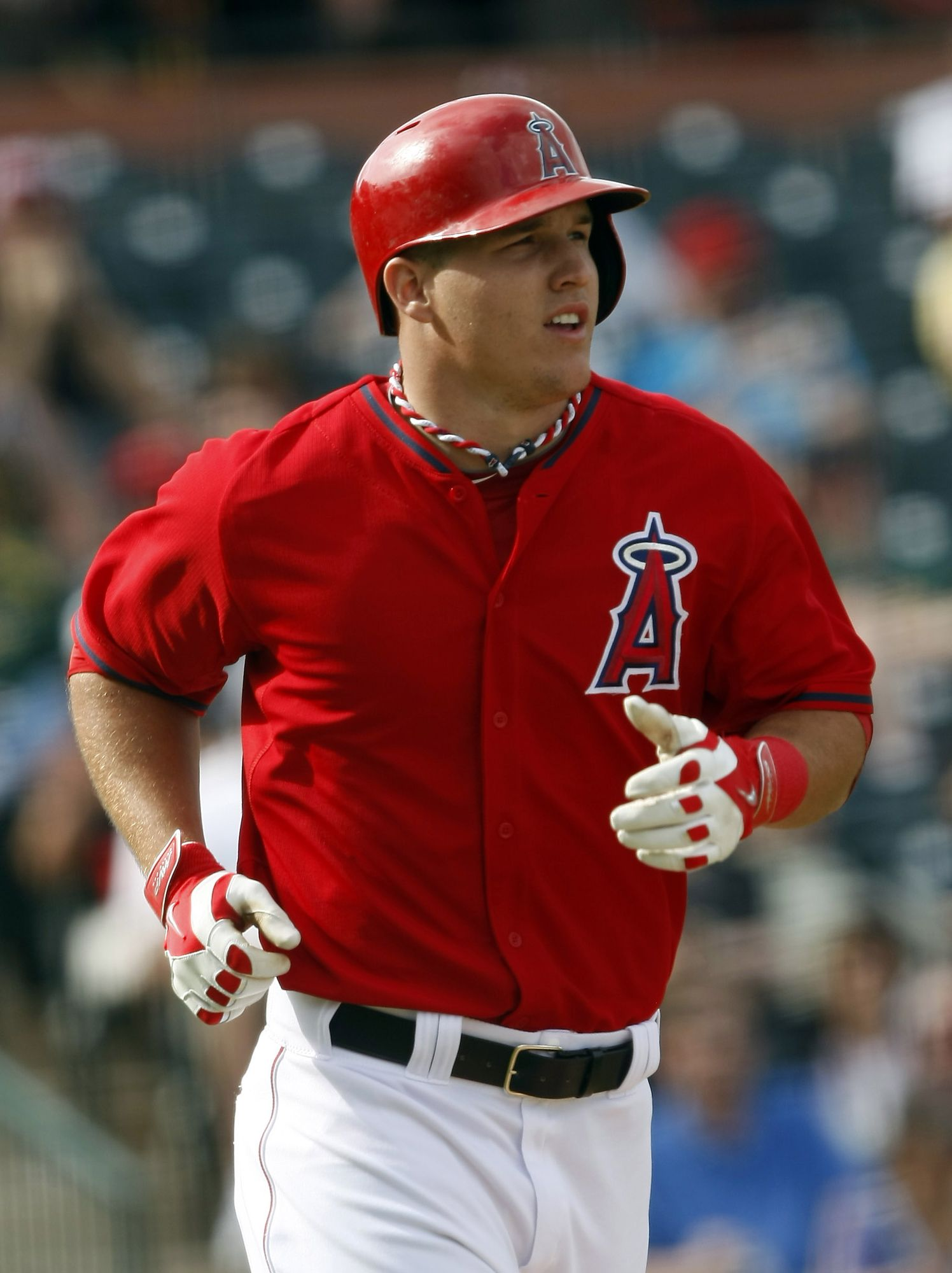 Angels Extend Mike Trout Mlb Trade Rumors